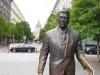 Ronald Reagan pasea por Budapest